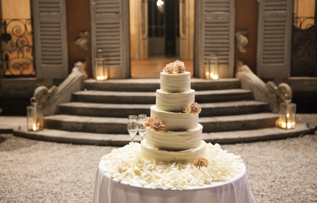 Red velvet Wedding cake - il Velo e il Cilindro Wedding Planner Milano