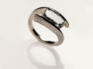 Engagement ring by Visionnaire Wedding 5